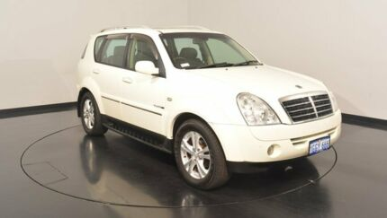 2011 Ssangyong Rexton Y285 II MY10 RX270 XVT SPR White 5 Speed Sports Automatic Wagon Victoria Park Victoria Park Area Preview