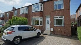 Spacious 2 bedroom ground floor flat on Benton Road available to rent