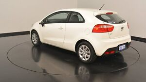 2012 Kia Rio UB MY12 S Clear White 6 Speed Manual Hatchback Victoria Park Victoria Park Area Preview