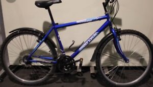 Blue supercycle 18 speed great condition