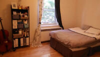 Large 4 1/2 apartment for rent from 1 Nov 2015(heating included)