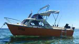 FISHING BOAT HALF CAB & MATCHING CANOPY EXCELLENT CONDITION RETRO Hallett Cove Marion Area Preview