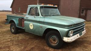 1966 Chevrolet C20 Pick Up