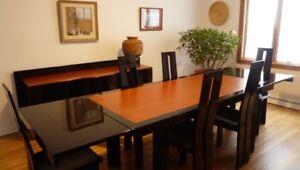Table et buffet pour salle à dîner