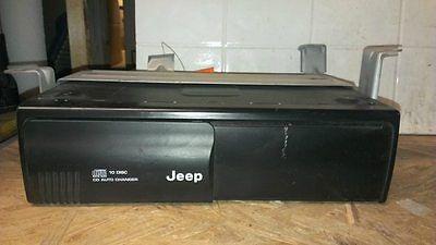 2004 04 Jeep Grand Cherokee 10 Disc CD Changer P56042129AH