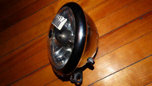 headlight harley davidson et headlight bullit