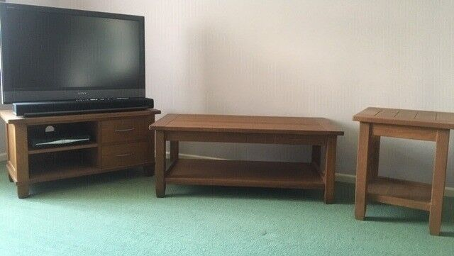 Solid Oak Living Room Furniture Including Coffee Table Tv Set Top