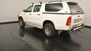 2006 Toyota Hilux GGN25R MY05 SR White 5 Speed Manual Utility Victoria Park Victoria Park Area Preview