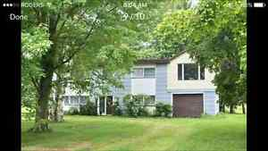COUNTRY 5 ACRE PROPERTY WITH 2 STOREY HOME AND STEEL CLAD BARN London Ontario image 1