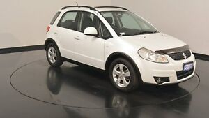 2012 Suzuki SX4 GYB MY11 S White 6 Speed Manual Hatchback Welshpool Canning Area Preview