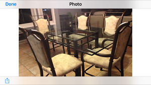 Beautiful Glass Dining Table and 6 Chairs $350