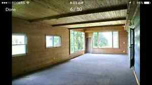 COUNTRY 5 ACRE PROPERTY WITH 2 STOREY HOME AND STEEL CLAD BARN Kitchener / Waterloo Kitchener Area image 4