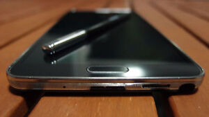 Samsung Galaxy Note 3 - 32Gb - Factory Unlocked - Wind Mobile