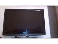 Samsung tv Le32b350f1w 32 inch with remote control.Mint condition