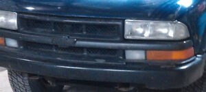 Chevy S-10 Pick up Truck 2000 S10 Chevrolet Parts Various