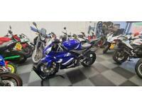 Yamaha YZF R125 blue