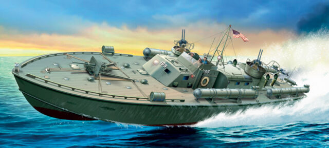5613 ITALERI MOTOR TORPEDO BOAT PT-109 1/35 WAR SHIP PLASTIC KIT SCALE 1/35