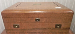 VINTAGE SOLID OAK SILVER CHEST WITH DRAW
