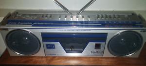Vintage Toshiba Portable Stereo