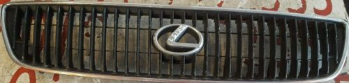 97 00 LEXUS GS 300 4DR SALOON FRONT GRILLE WITH BADGE REF DX157 #806