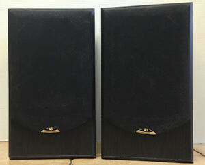 A Pair of Sound Dynamics RTS-3 Loudspeakers (made in Canada)