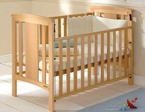 Baby crib bed solid hard wood in great condition