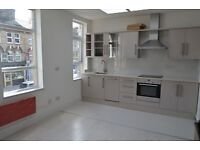 2 bedroom flat in Turnpike Lane, Turnpike Lane