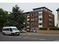 2 bedroom flat in Embassy Ct, Bounds Green
