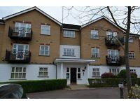 2 bedroom flat in Bramwood Court, Southgate
