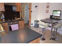 3 bedroom flat in Hadley Road, Barnet