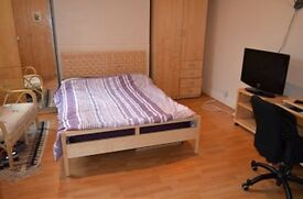 1 bedroom in Green Lanes, Winchmore Hill
