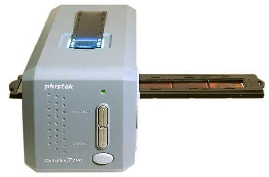 Plustek OpticFilm 7200 48bit Color USB Small Photo, Slide &