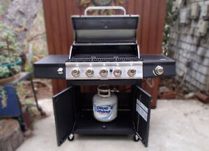 New BBQ Boxed Backyard Grill Fresno 5 Burner LP Gas Grill