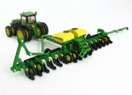 John Deere Bauer Built 24 Row Planter W Fertilizer Tanks 1 64