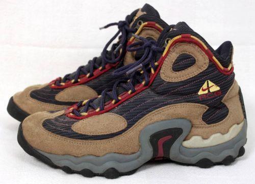 eb64b83d4a9 Vintage Nike Hiking Boots