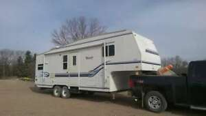 27.5' 1999 Terry Fifth Wheel
