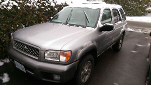2001 NISSAN PATHFINDER **RUNS GREAT*MAKE ME AN OFFER