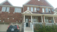 Spacious 4 Bed townhouse in Brampton (Mississauga rd/Steeles)