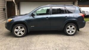2008 Toyota RAV-4 Sport in great condition!