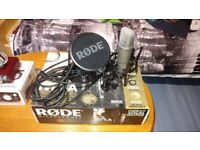 Rode NT1A Microphone/ Mic stand/ Leads & Pop shield - Usb interface Scarlett 2i2