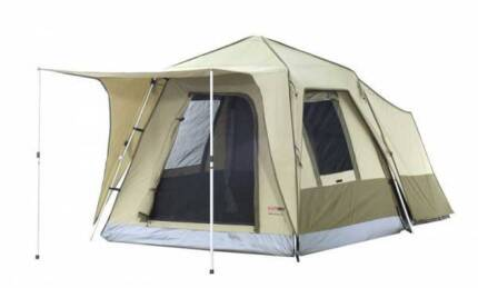 Black Wolf Turbo Plus 300 Family Tent in Fantastic Condition