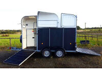 RARE RICHARDSON Supreme Ultra Horsebox Trailer FOR BIG HORSES for CLYDE, SHIRE. 8yo, hardly used
