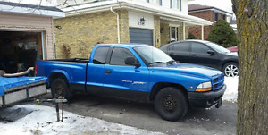 2000 dodge dakota sport