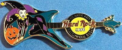 Hard Rock Cafe ATLANTIC CITY 2004 HALLOWEEN PIN Costume Guitar JESTER HRC #24951 (Rock City Halloween)