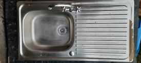 Stainless steel kitchen sink & draining board (LH or RH)