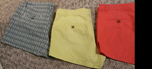 3 Gap shorts in brand new condition size 12