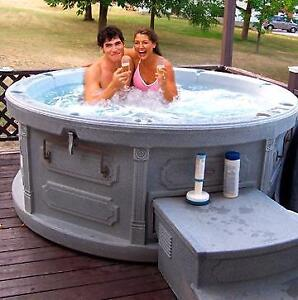 ( NEW ) Plug and Play 110 v hot tub Hot tub spa  ,. 250 lbs for extreme portability , get yours today !!