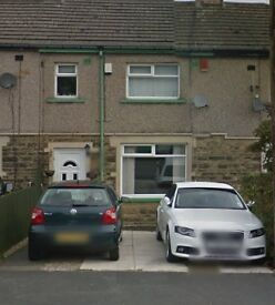 3 beds newly decorated House for rent in BD7 (Southmere)
