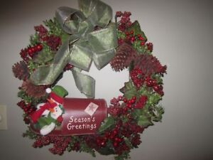 CHRISTMAS DOOR WREATHS, PLANTERS AND TOMBSTONE TOPPERS