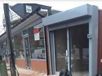 Shop to let *£99pw* Corner of 720 - Last unit facing Formans Road